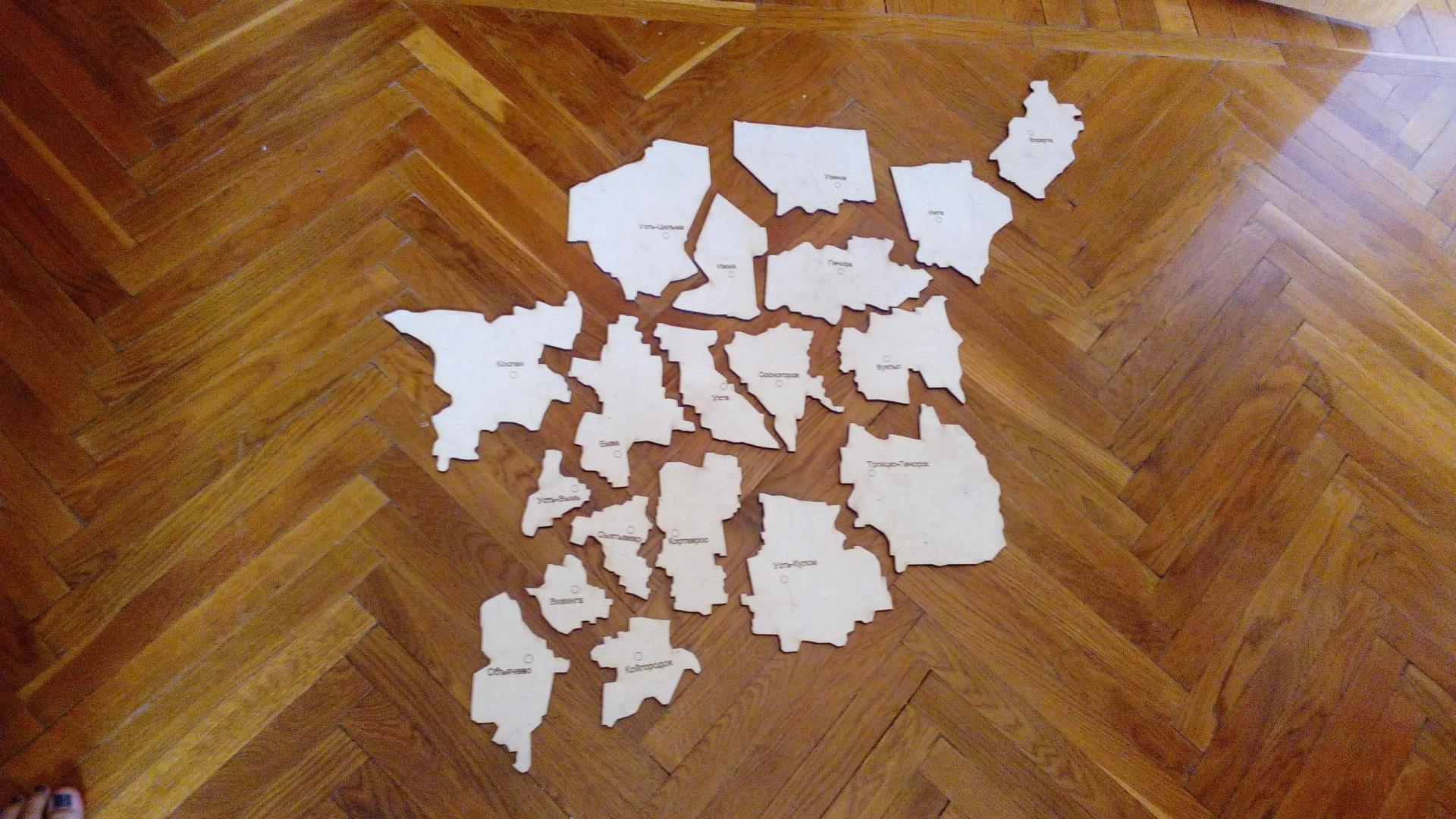 Сыктывкарский предприниматель создал магнитную карту-конструктор Коми