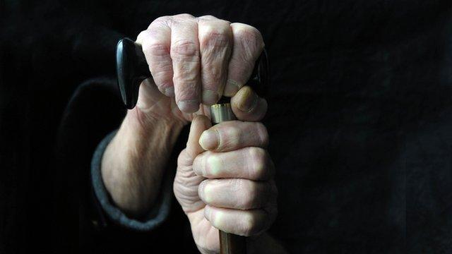 Житель Сыктывкара отправится в колонию за мошенничество, жертвой которого стала 80-летняя слепая пенсионерка