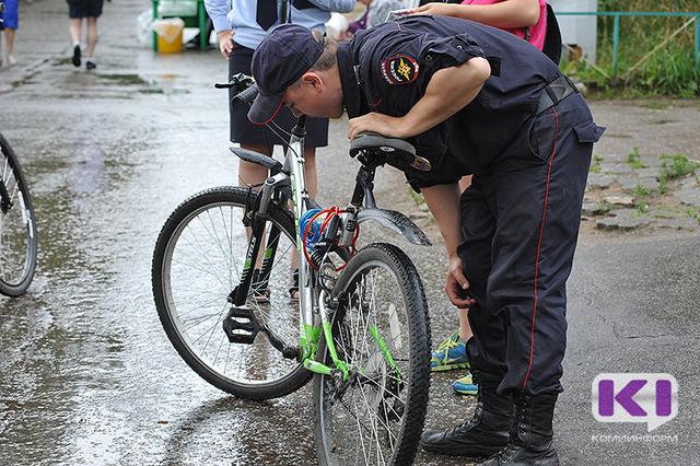 За одну ночь злоумышленники похитили велосипеды у четырех ухтинцев
