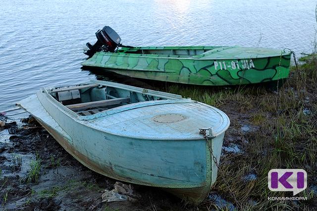 Поиски утонувшего военнослужащего на пляже в Лемью осложняются быстрым течением и цветением воды
