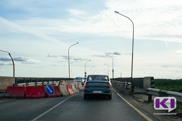 Мэрия Сыктывкара просит с пониманием отнестись к необходимости ремонта Краснозатонского моста