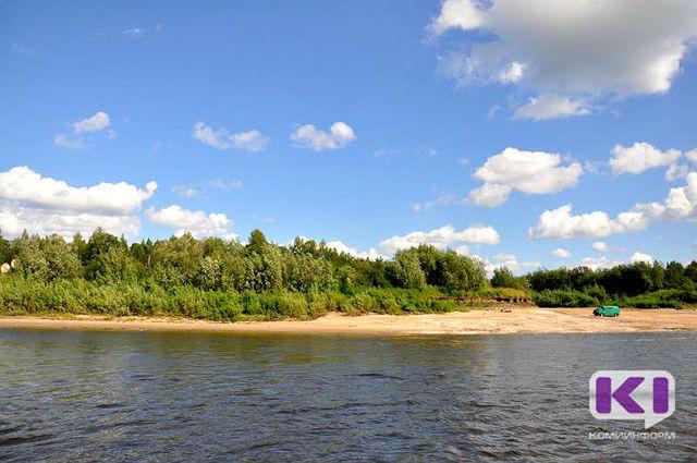 Сыктывкарским водолазам удалось найти тело утонувшего в Усть-Куломе 17-летнего юноши