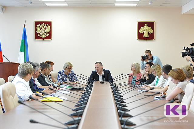 Для кандидатов в Госдуму от Коми региональный Избирком впервые организовал очную ставку