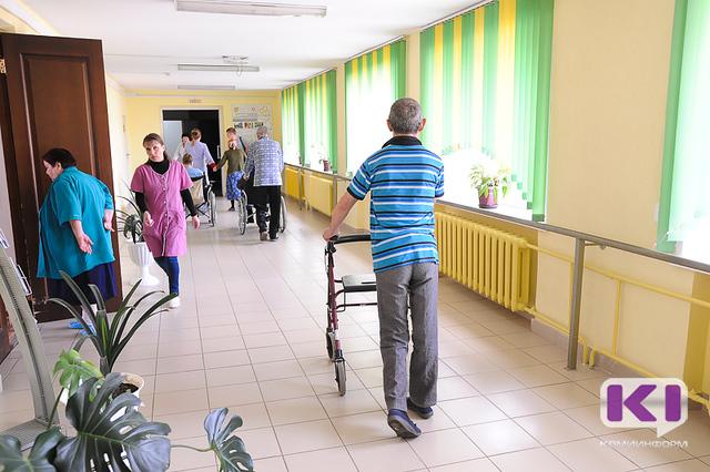 """Первые пациенты заселятся во вновь созданный """"Печорский дом-интернат для престарелых и инвалидов"""" в начале июня"""