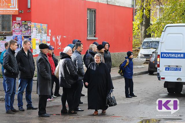 На детской площадке в Сыктывкаре искали бомбу