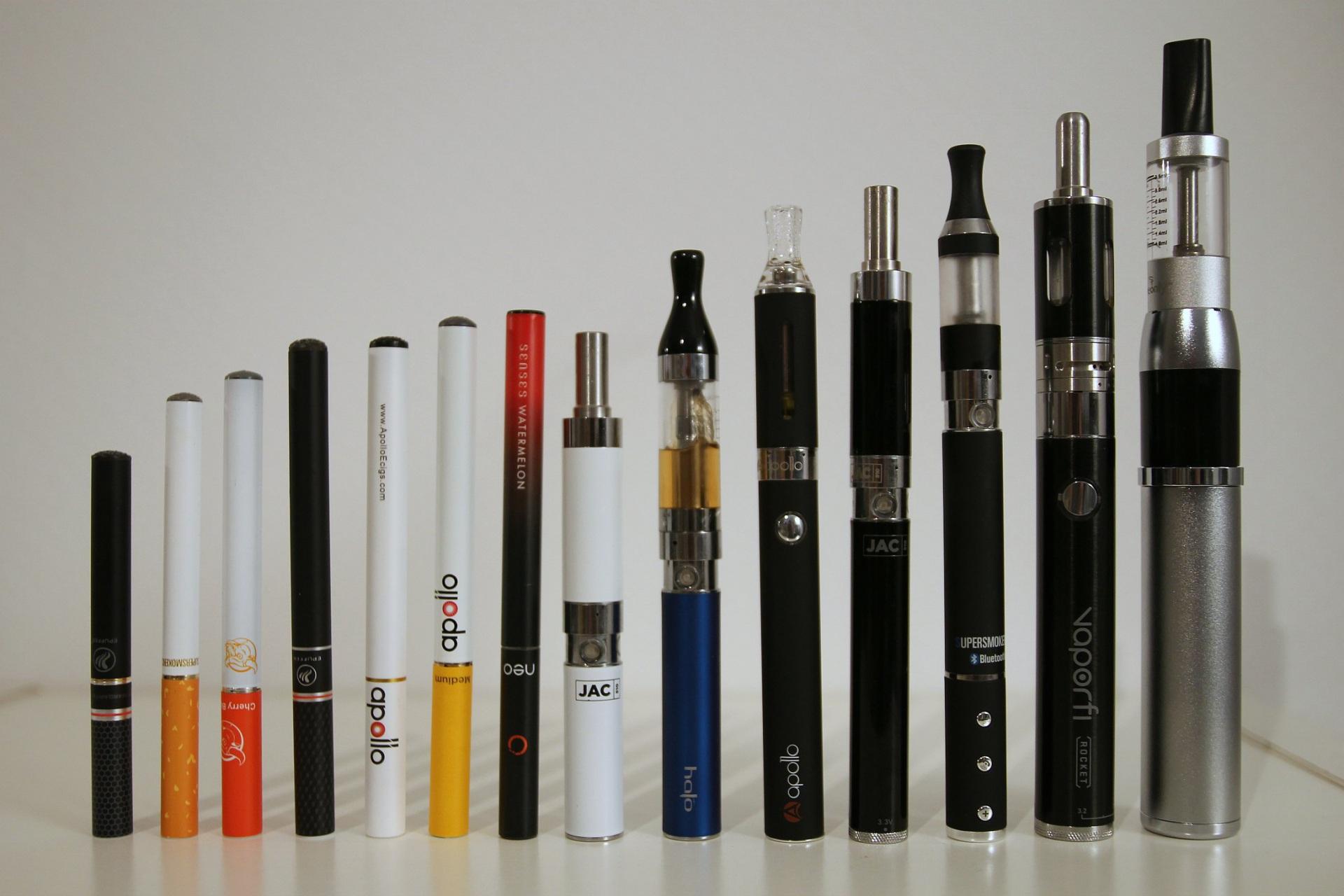 Медики Коми предупреждают о вреде электронных сигарет