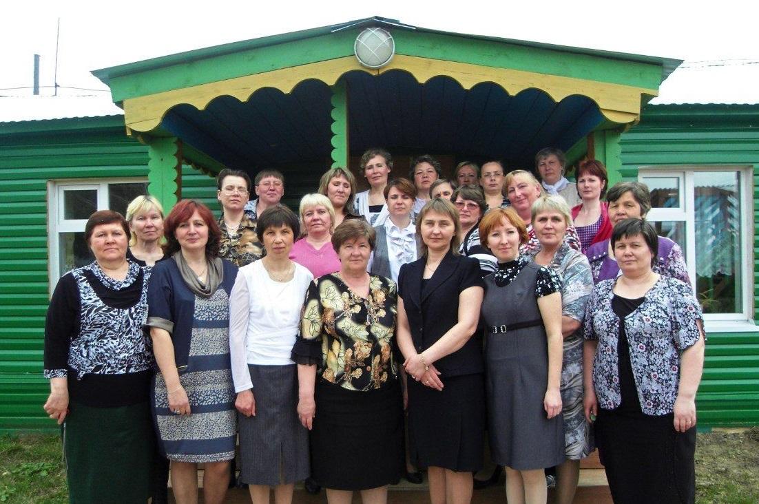 Год добрых дел: педагоги в Усть-Куломе помогают ветеранам отрасли