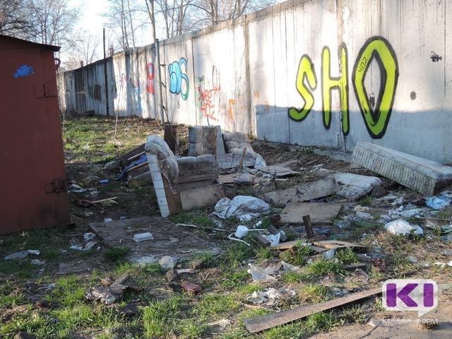 В Сыктывкаре вернутся к публичным отчетам при обсуждении мусорной проблемы