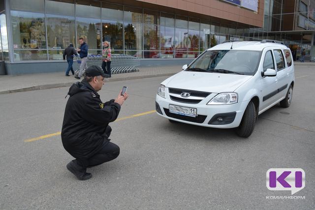 """Во время операции """"Штраф"""" судебные приставы Коми арестовали два автомобиля"""