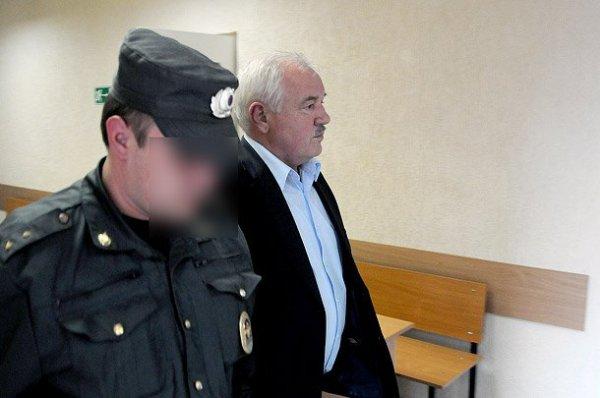 Защита экс-руководителя Княжпогостского района считает Виктора Попова жертвой мошенничества