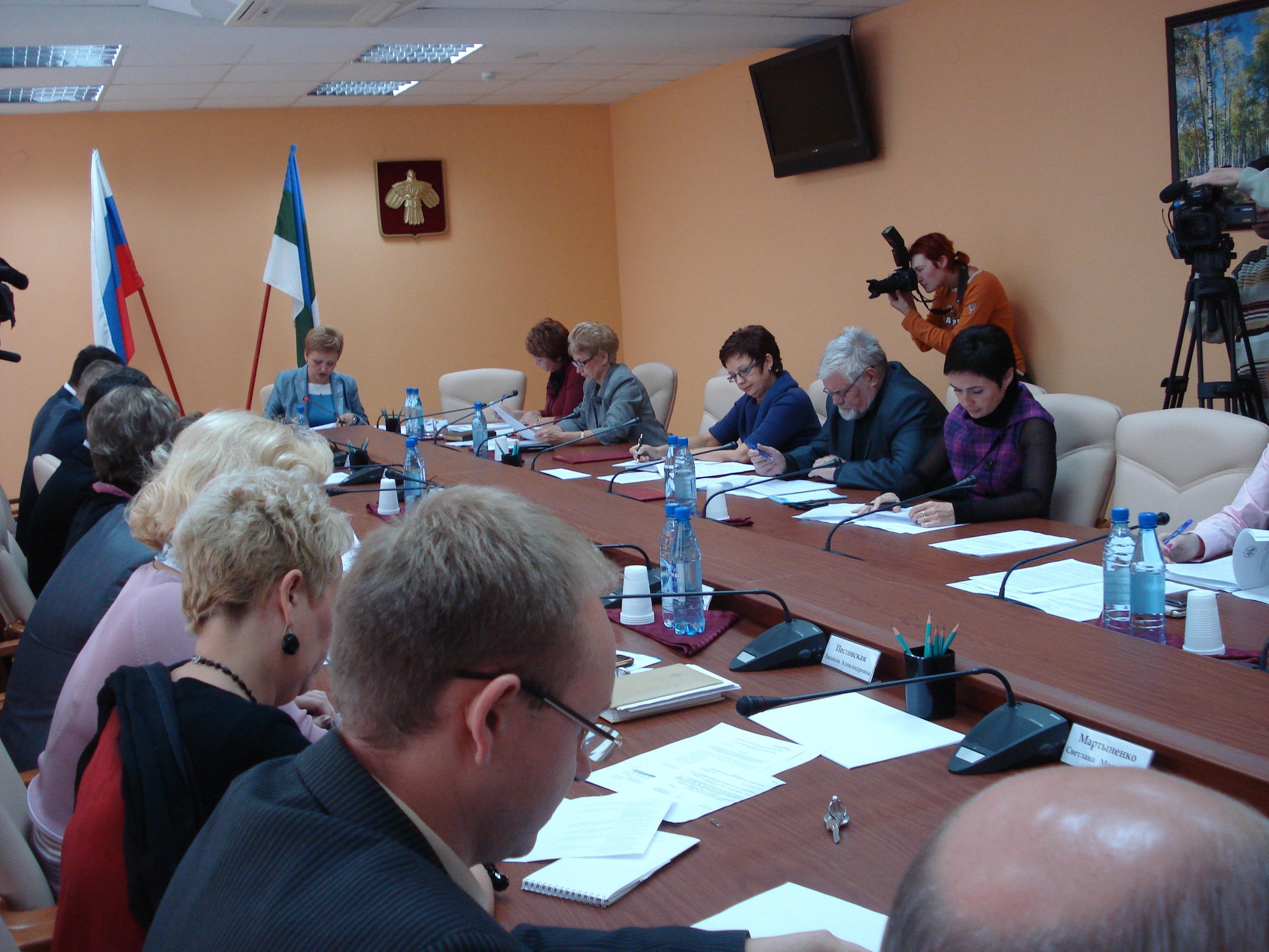 Около 35 вопросов рассмотрит Госсовет Коми на первом заседании осенней сессии