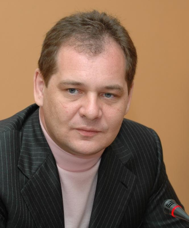 Пока наша экономика будет сырьевой, говорить о безопасности можно с большой натяжкой - Ростислав Гольдштейн