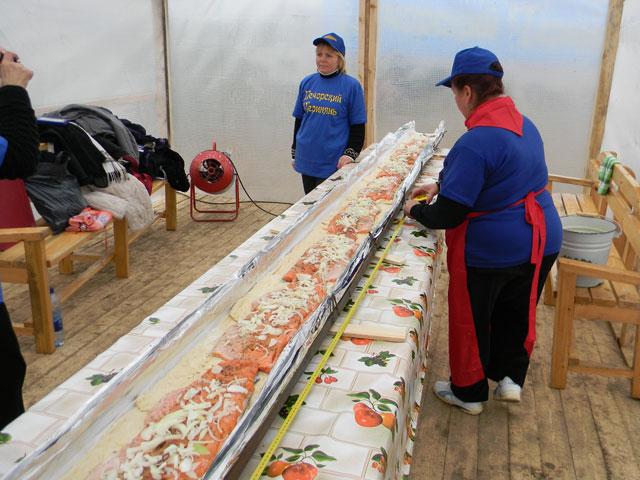Печорский пирог с семгой попал в Книгу рекордов России (Фото)