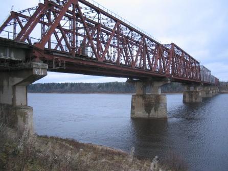 В Коми для большегрузов закрыт самый большой автодорожный мост