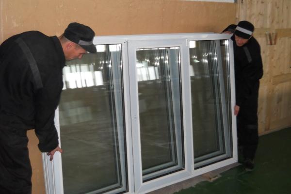 В ИК-22 ГУФСИН РФ по Коми запустили участок по изготовлению пластиковых окон
