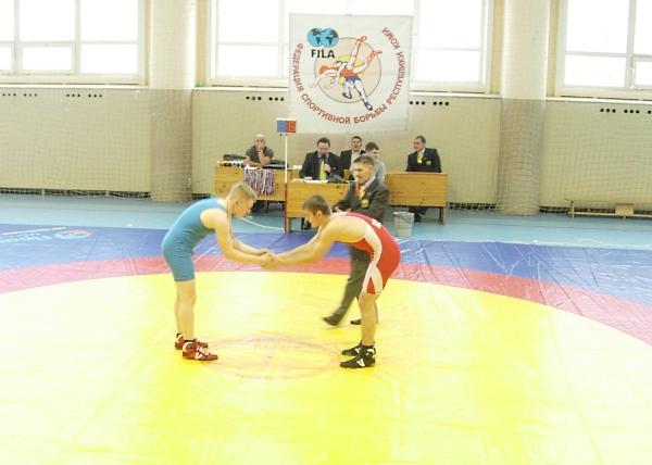 11 золотых медалей республиканского турнира выиграли сыктывкарские вольники