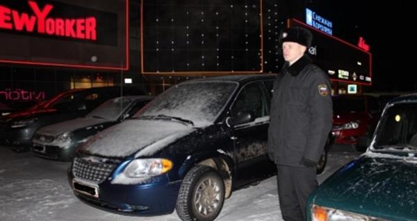 В Сыктывкаре  у должников арестовали  BMW X5 и Chrysler Voyager