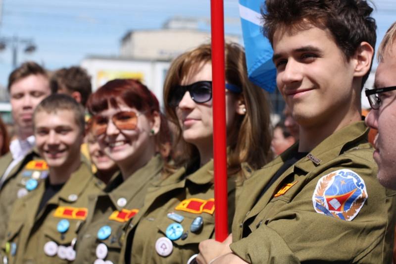 Сергей Гапликов поздравил молодежь республики с Днем студента
