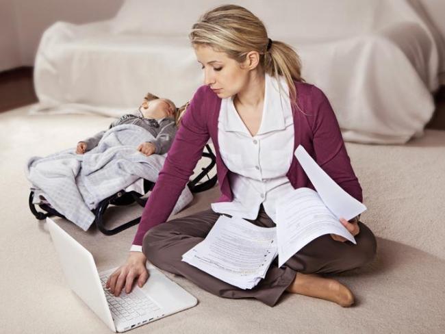 В Коми более сотни молодых мам получили профессию, будучи в декрете