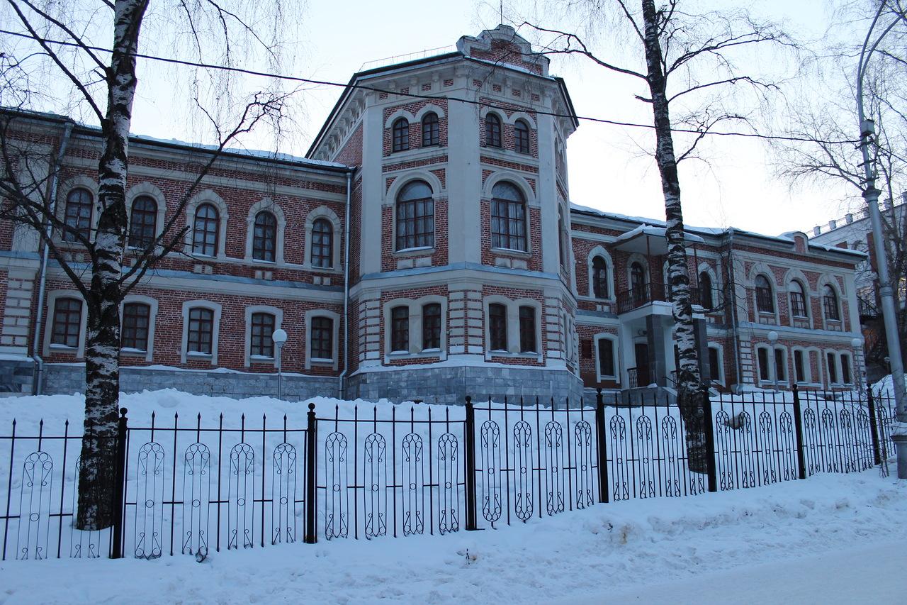 На закрытую для транспорта улицу Кирова разрешат въезд автомобилей
