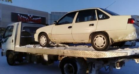 В столице Коми автомобиль должника уехал без хозяина