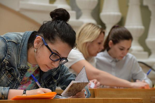 Минобрнауки утвердило число бюджетных мест в вузах