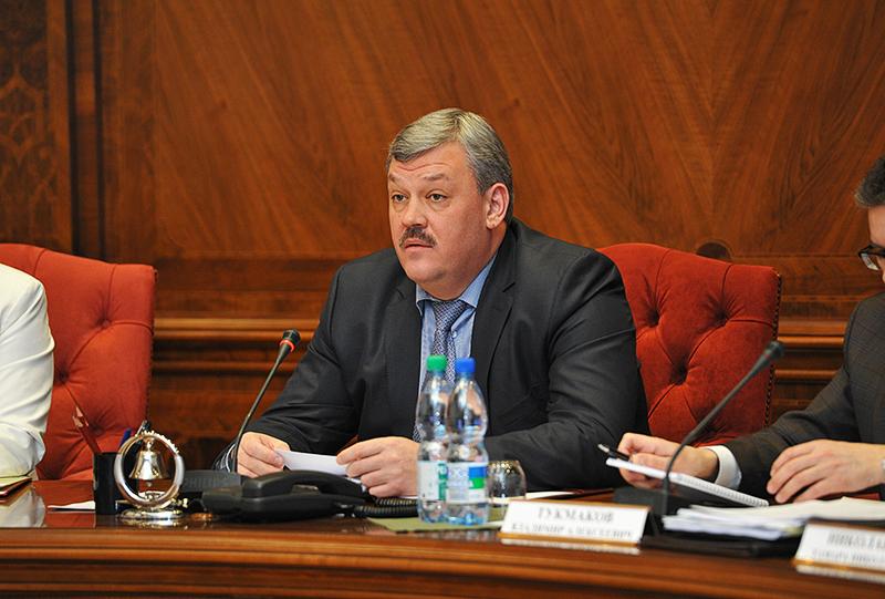 В Коми создадут правительственную комиссию по развитию ЖКХ