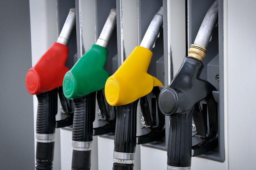 Минфин предложил повысить акцизы на бензин