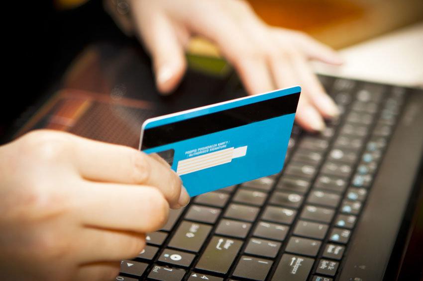 MasterCard разрешит подтверждать платежи с помощью селфи