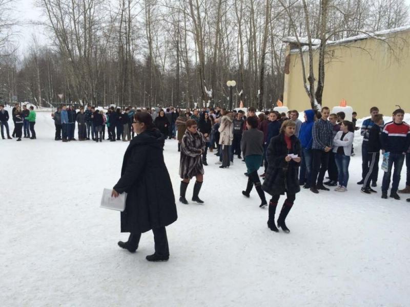 Весь февраль в школах Коми учатся эвакуироваться