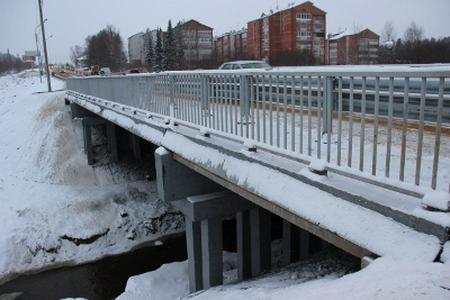 Мэрия Сыктывкара задолжала строителям моста через р. Човью на эжвинской трассе