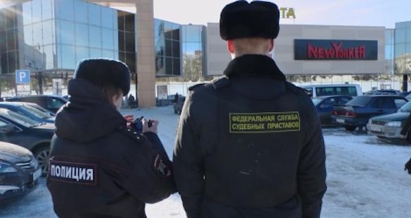 В Сыктывкаре  приставы и сотрудники ГИБДД