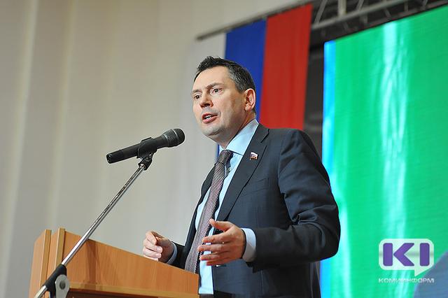 Депутат Госдумы России Виктор Климов уверен, что только снижение налогов может увеличить доходы бюджетов.