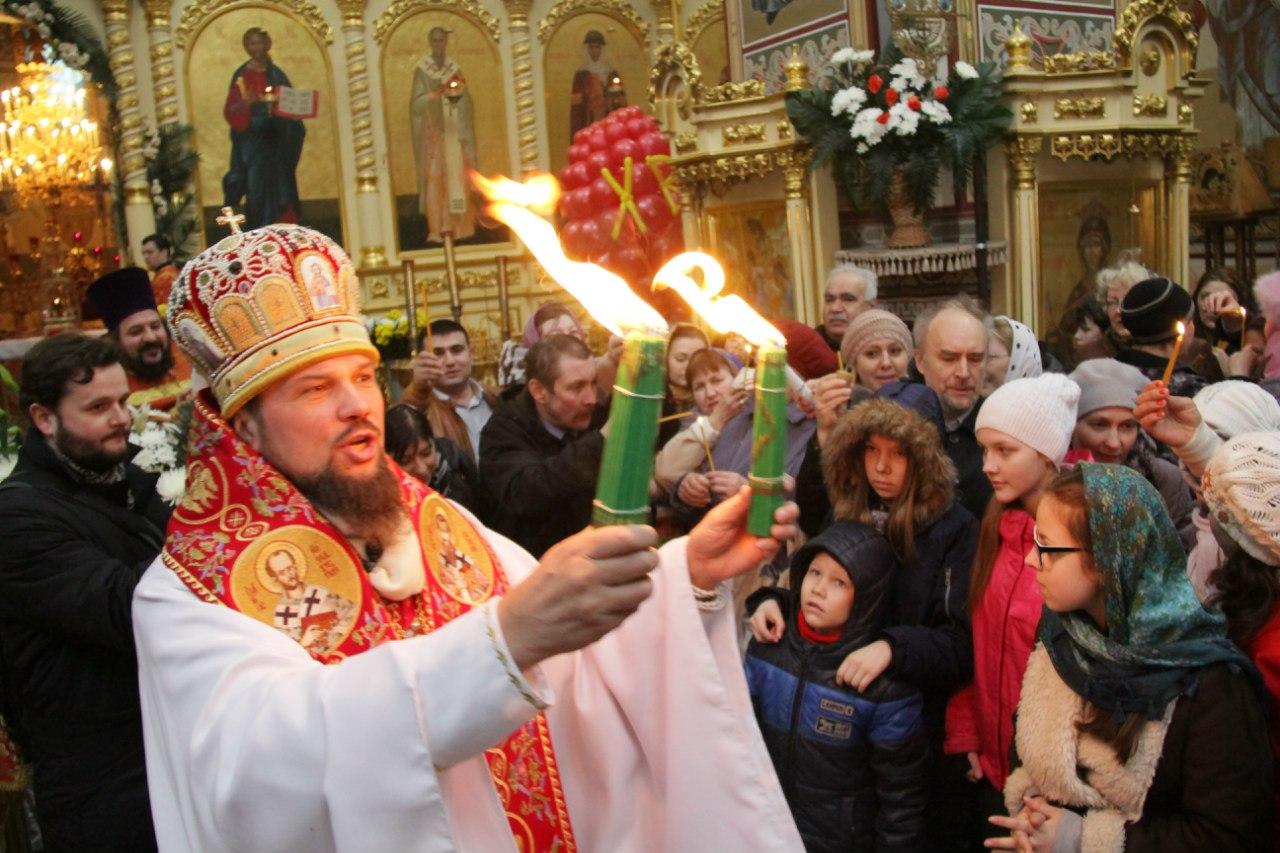 Архиепископ Сыктывкарский и Коми-Зырянский поздравляет земляков с наступающим праздником Пасхи