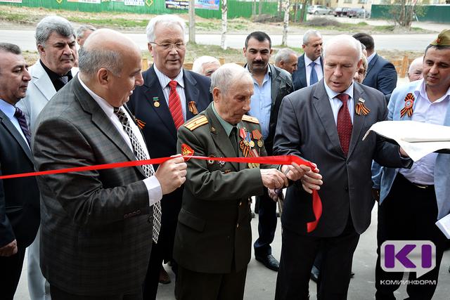 Азербайджанцы Коми поздравили ветеранов с наступающим днем Победы