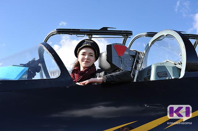 Школьники Коми почувствовали себя настоящими пилотами истребителя
