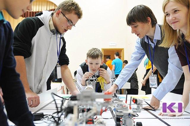 Жителей  Коми просят придумать название для фестиваля робототехники