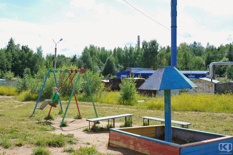 В сыктывкарских дворах продолжают обустраивать спортивные площадки