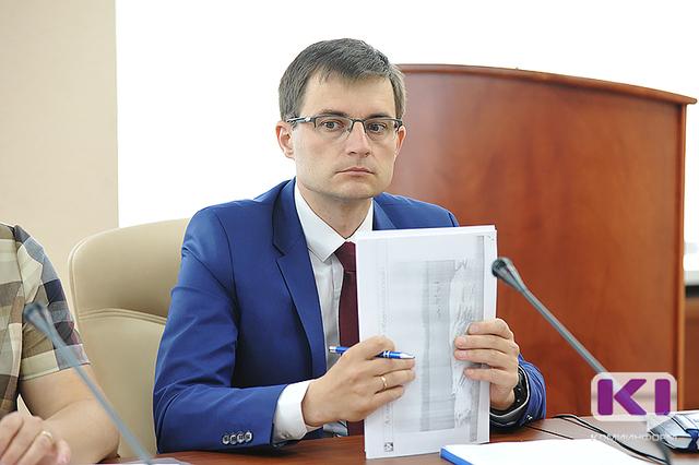 Дмитрий Шатохин предложил муниципалитетам использовать формат долевого строительства, чтобы решить проблему жилья для медиков