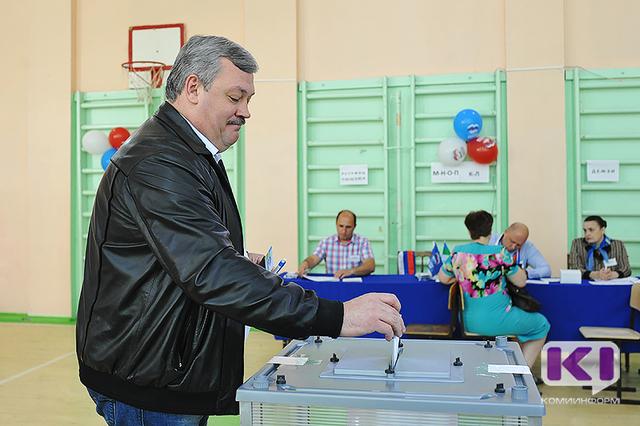 Сергей Гапликов поддержал пятерых кандидатов на предварительном голосовании