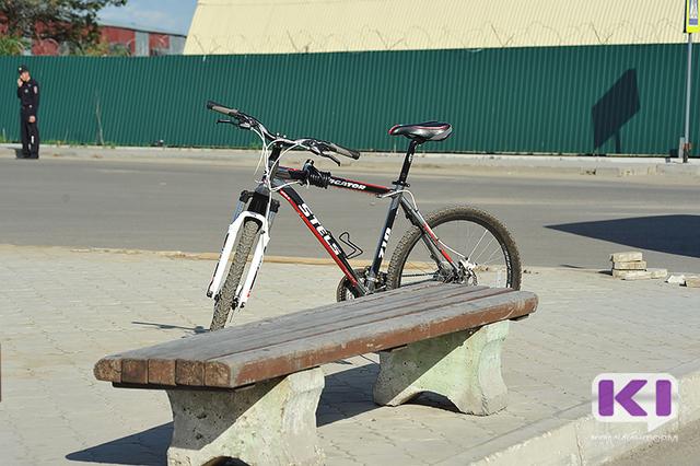 Роковое падение: 30-летняя женщина разбилась на велосипеде