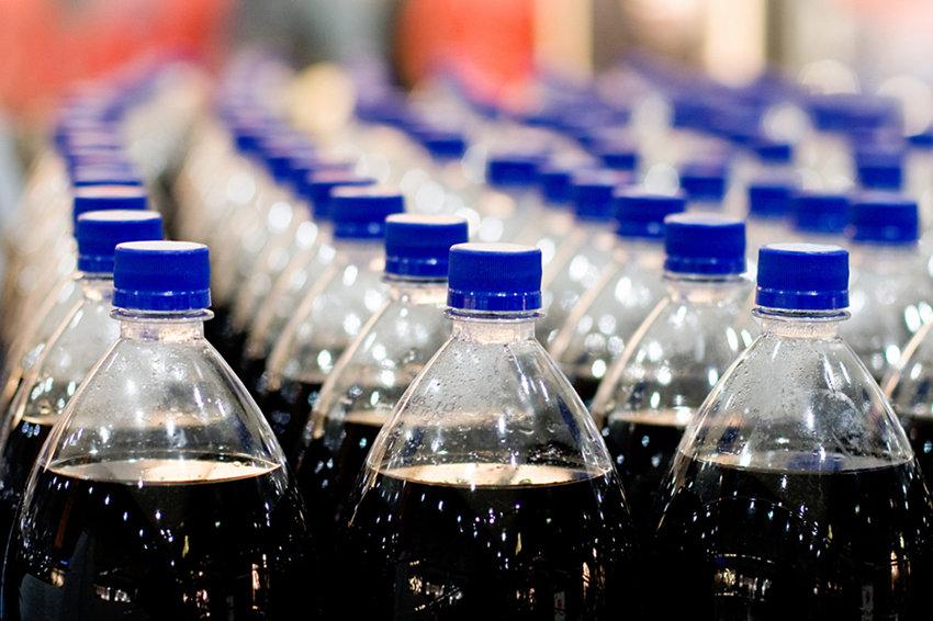 Госдума дозировала продажу алкоголя в пластике