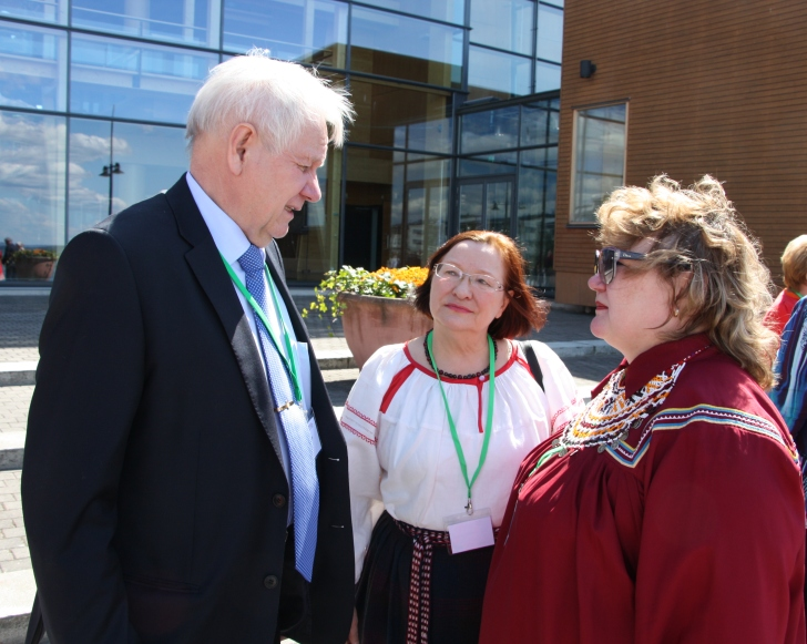Финно-угорские народы ищут путь к устойчивому развитию