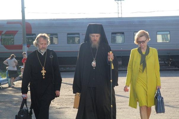 На Святую Троицу интинцев благословил новый правящий архиерей Воркутинской и Усинской епархии владыка Иоанн