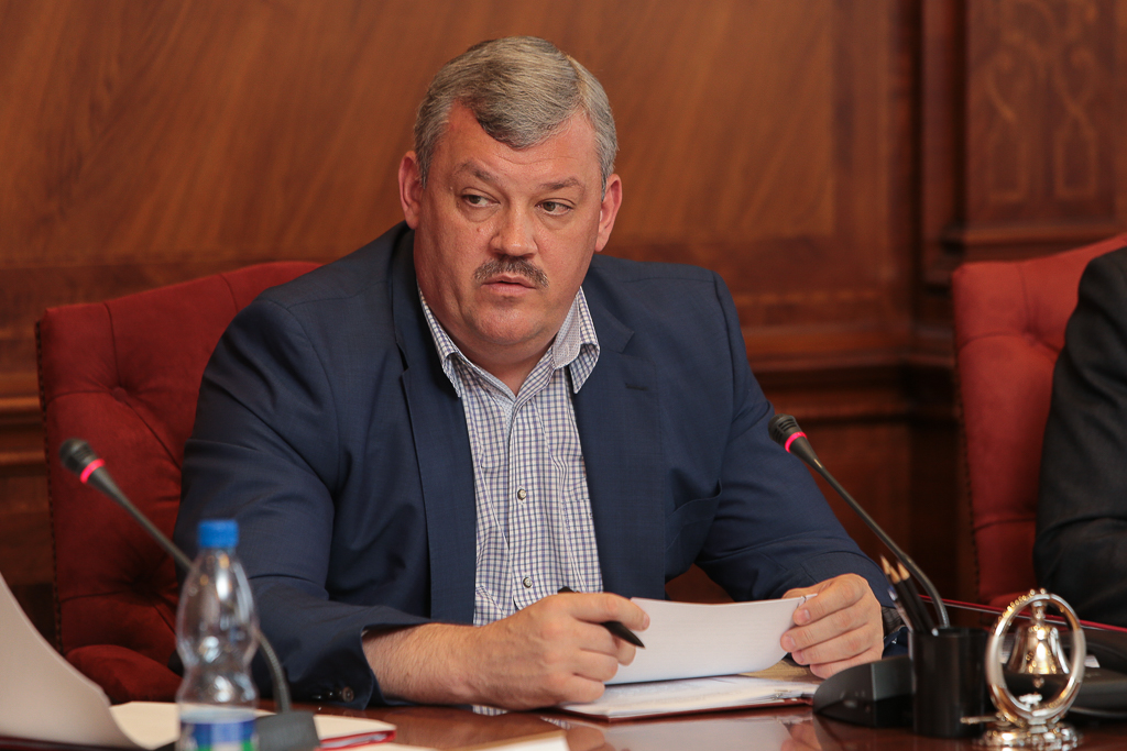 Сергей Гапликов предложил организовать реабилитацию наркозависимых в монастырях