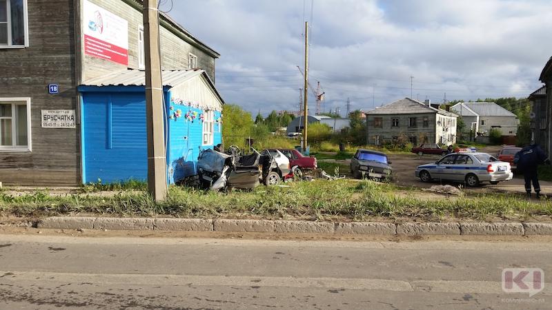 В колонию-поселение отправится въехавший в жилой дом сыктывкарский водитель, по вине которого погибла женщина-пассажир