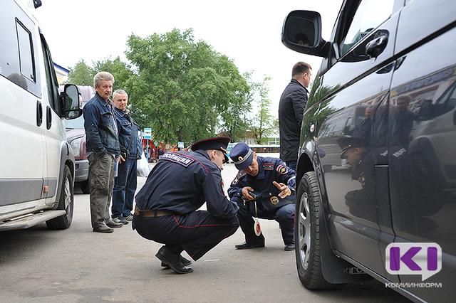 В Сыктывкаре госавтоинспекторы усилили контроль за водителями автобусов