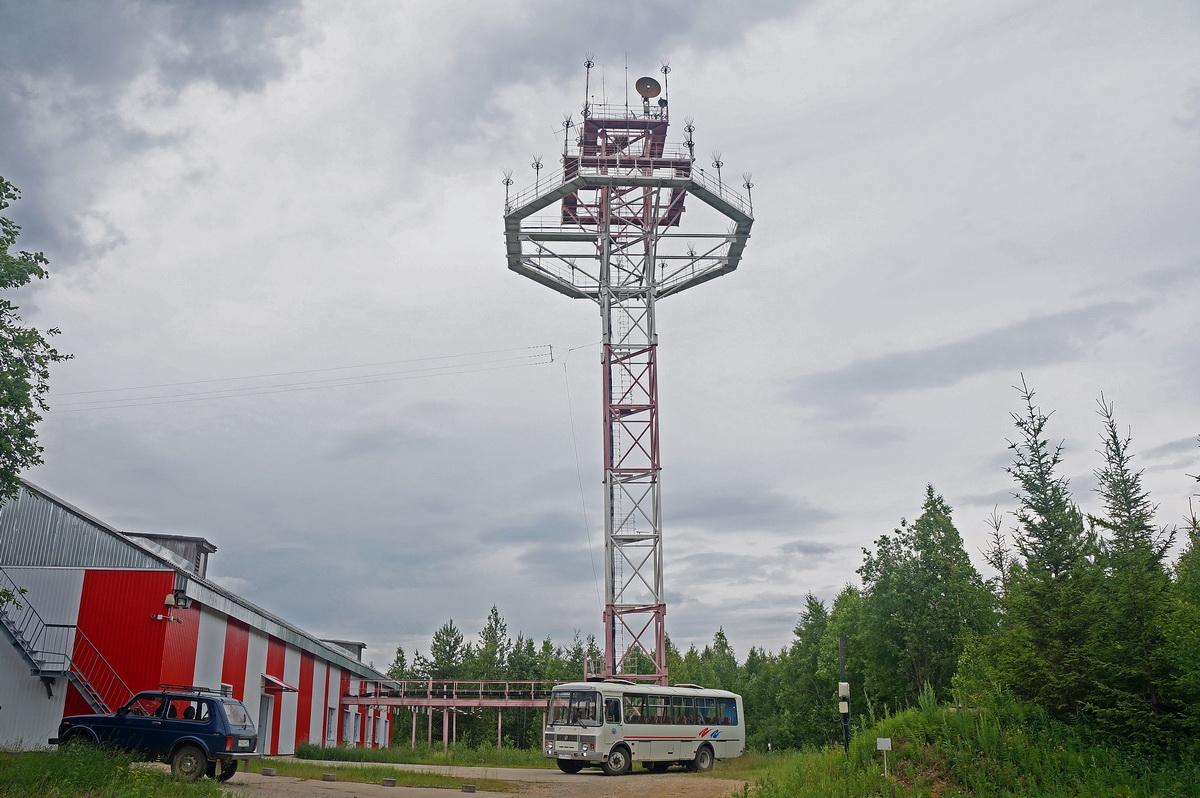 Antenny-aviazionnoi-radiosvyazi-DSC00475-_nr.jpg