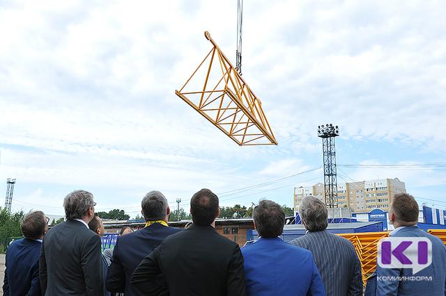 Сергей Гапликов дал старт новому производству башенных кранов в столице Коми