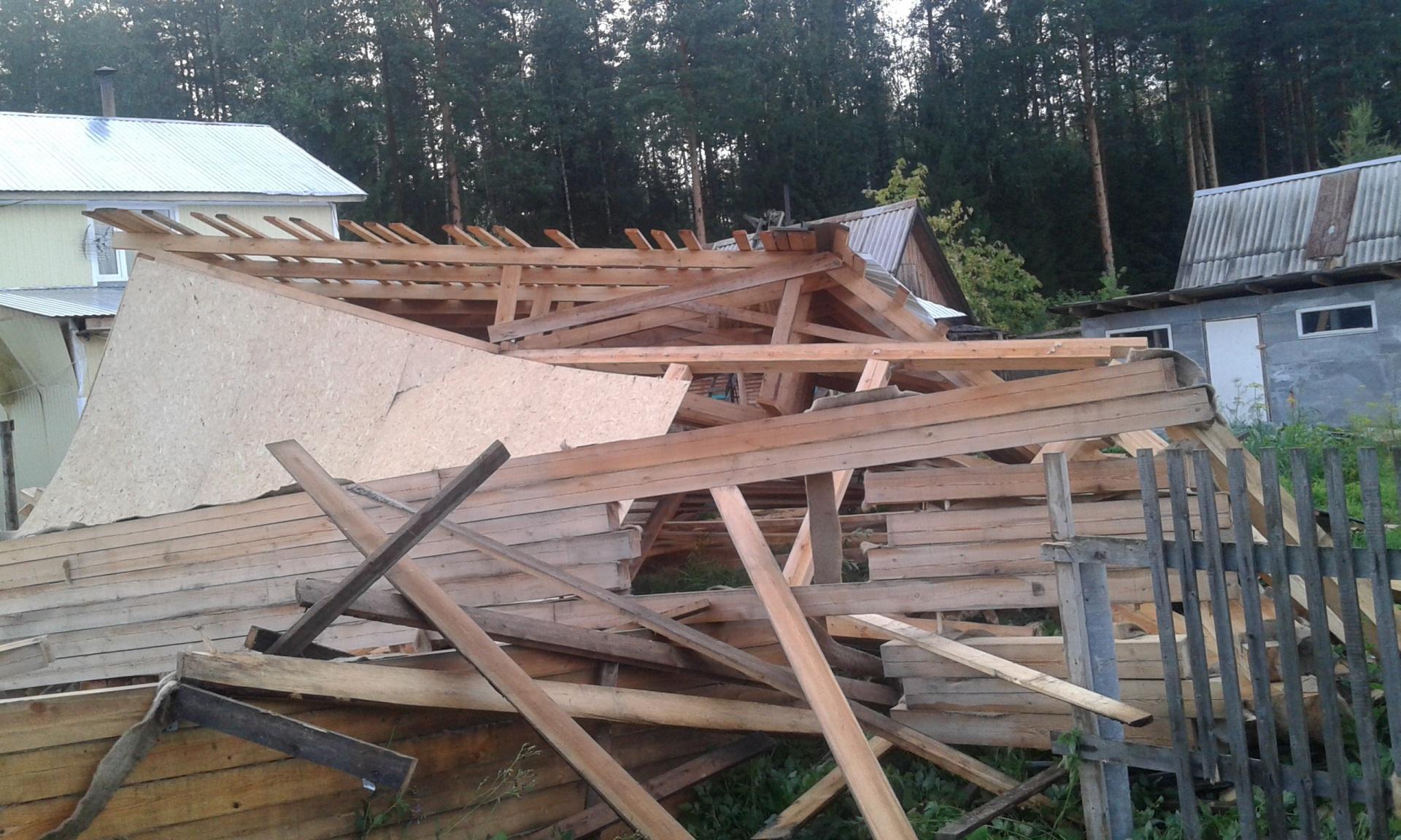 В Сыктывкаре смерч разрушил только что построенный жилой дом